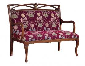 Sofá de estilo en madera con apoya-brazos