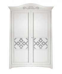 Armario taliado barnizado en estilo clasico 2 puertas