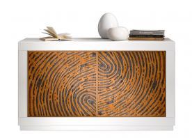 Aparador moderno bajo en madera laqueada