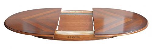 Mesa ovalada en estilo clásico con marqueteria 160-210 cm