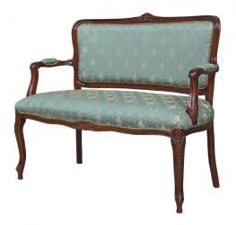 Sofá clásico respaldo y asiento tapizados
